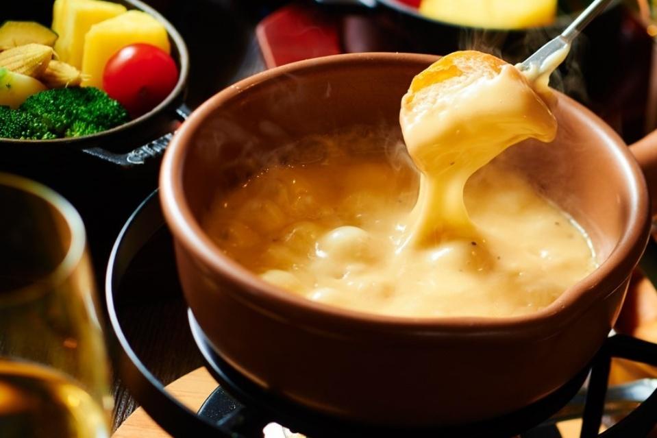 寒い冬はチーズフォンデュが熱い♪